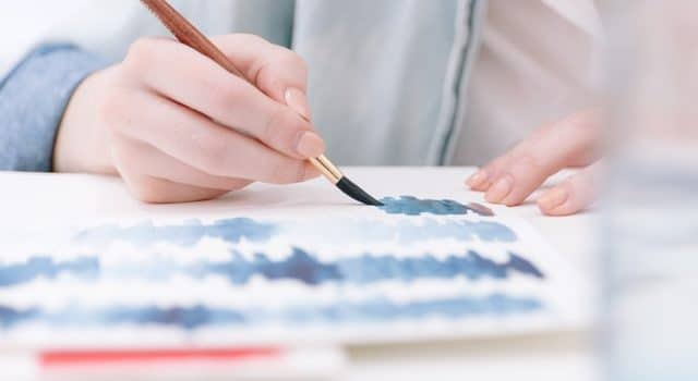 How to use watercolor to show art on your paper